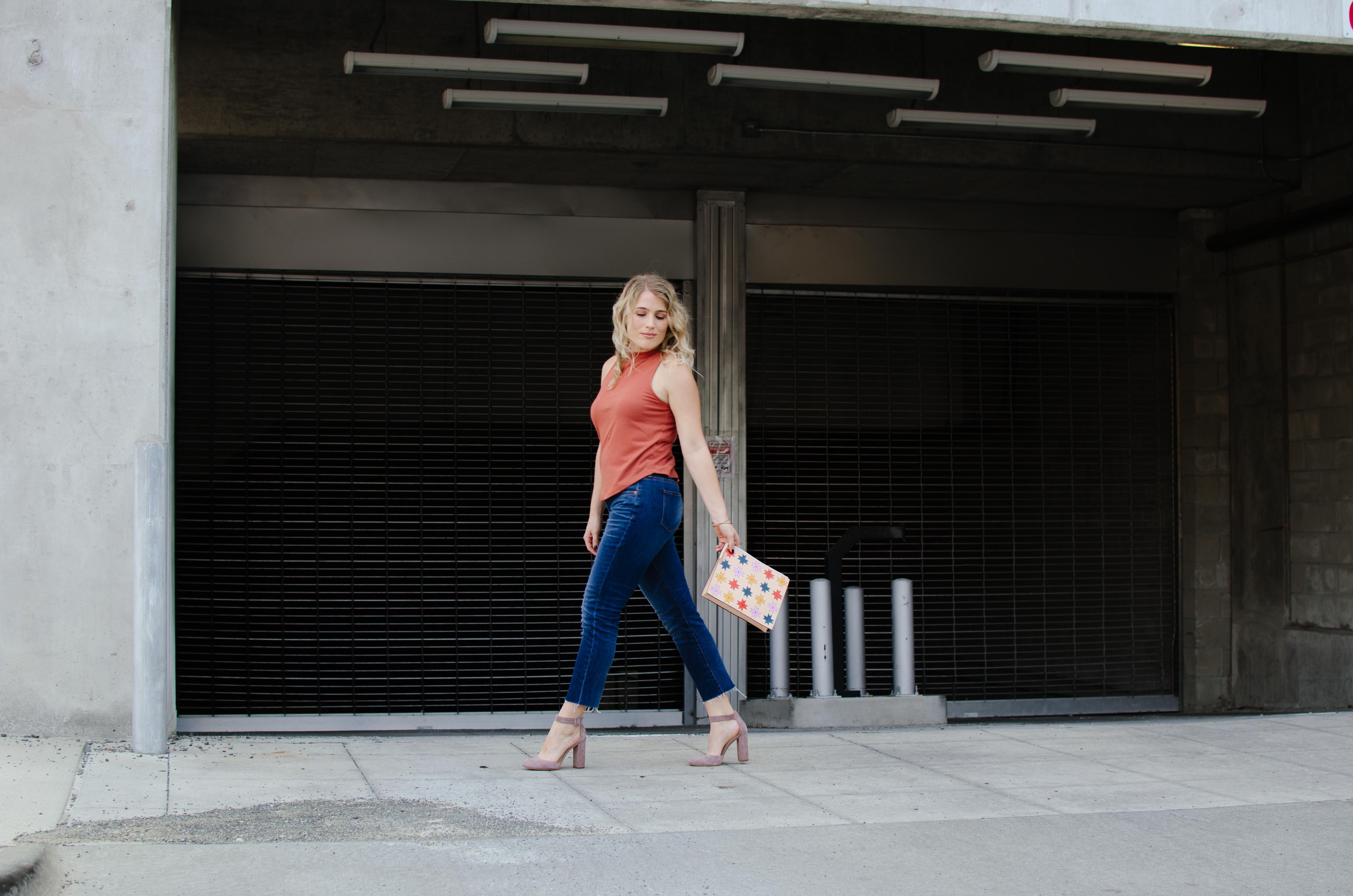 blondes-cant-wear-orange
